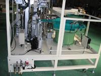 ゴムパッキン栓の自動組み付け機 治具 裁断機 抜き型